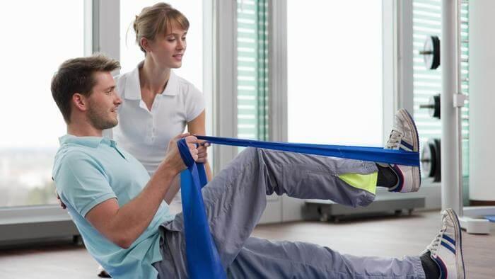 Пациент после замены тазобедренного сустава: новая жизнь – новые правила