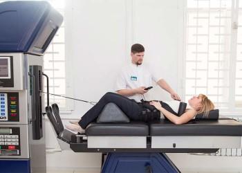 Как отсрочить эндопротезирование сустава: диета, гимнастика, лекарства